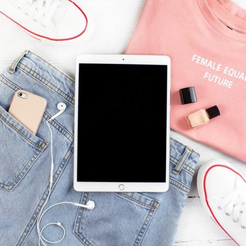 Jeans to najmodniejszy materiał roku 2020! Zobacz naszą Denim Collection!