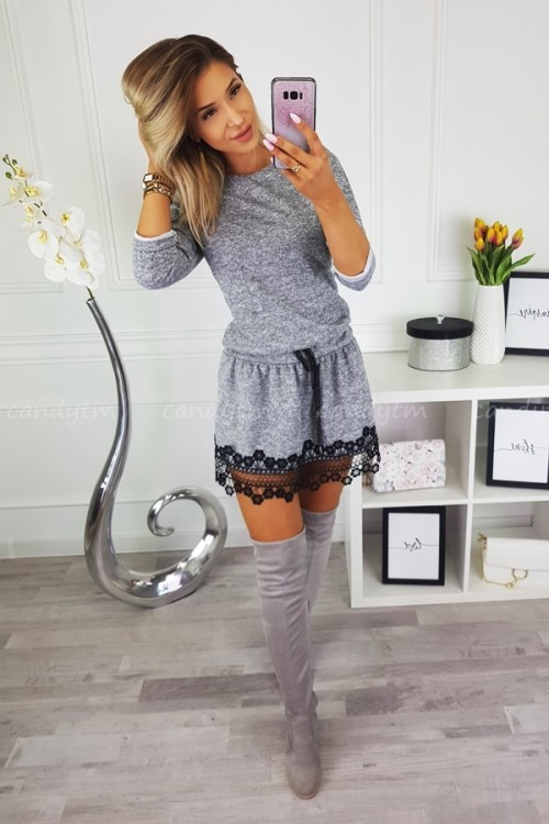 KNITTED DRESS WITH LACE GREY