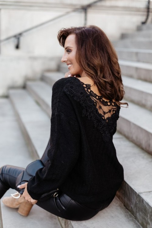 FLUFFY SWEATER WITH LACE BLACK