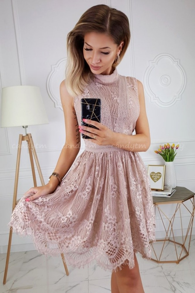LACE DRESS STAND UP COLLAR NUDE