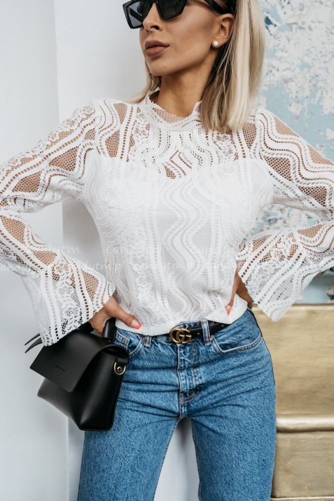 LACE BLOUSE LONGSLEEVE WHITE