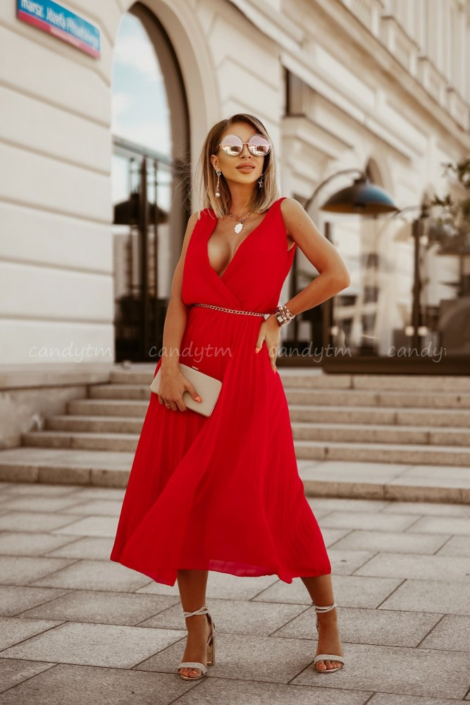 PLEATED MAXI DRESS RED